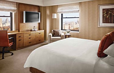 JW_Marriott_Essex_House_New_York-New_York-Room-47-109064.jpg