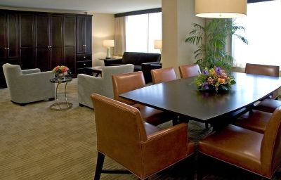 Hyatt_Regency_Washington-Washington-Suite-2-109341.jpg
