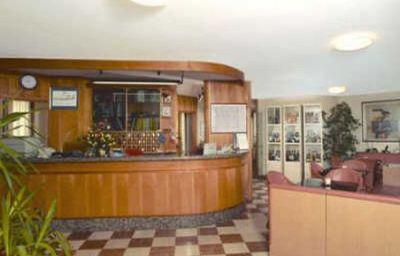 Patriarca-San_Vito_al_Tagliamento-Hotelhalle-1-110175.jpg