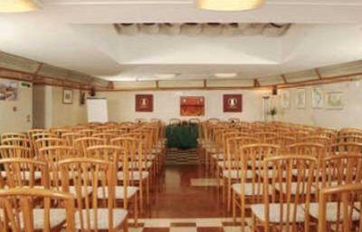 Patriarca-San_Vito_al_Tagliamento-Tagungsraum-1-110175.jpg