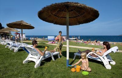 Valamar_Pinia_Hotel-Porec-Beach-3-110191.jpg