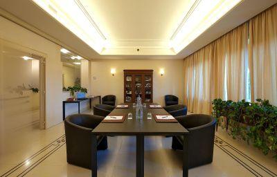 Villa_Maria_Hotel-Francavilla_al_Mare-Meeting_room-2-110457.jpg