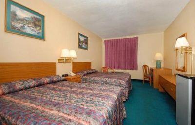 Econo_Lodge_Wormleysburg_-_Harrisburg-Wormleysburg-Room-3-119173.jpg
