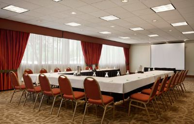 Holiday_Inn_PORTLAND-AIRPORT_I-205-Portland-Conference_room-18-121897.jpg