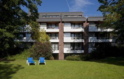 Appartement-Hotel_Seeschloesschen-Timmendorfer_Strand-Exterior_view-2-127472.jpg