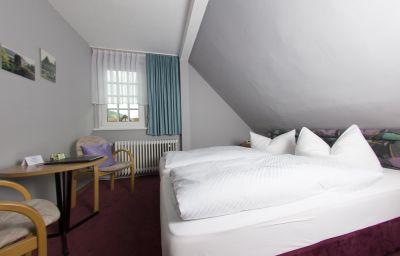 Garni_Kirchner_Am_Steinberg-Goslar-Triple_room-3-128111.jpg