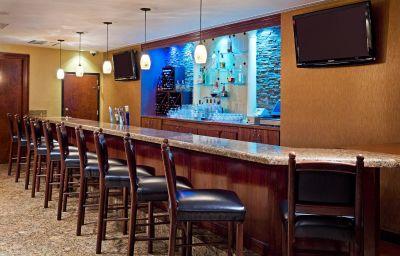 Crowne_Plaza_EDISON-Edison-Hotel_bar-5-131434.jpg