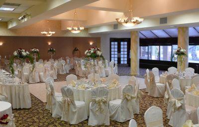 Crowne_Plaza_EDISON-Edison-Banquet_hall-21-131434.jpg