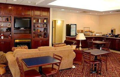 Comfort_Inn_Suites_Dayville-Killingly-Attawaugan-Hall-3-136149.jpg