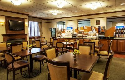 Holiday_Inn_Express_EXTON-LIONVILLE-Exton-Restaurant-5-136176.jpg