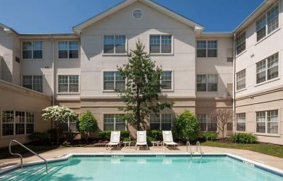 Piscina Homewood Suites Cranford