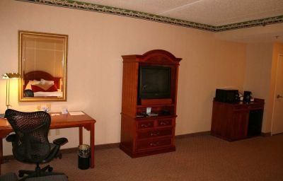 Hilton_Garden_Inn_Secaucus-Meadowlands-Secaucus-Room-17-137331.jpg
