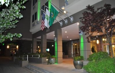 Holiday_Inn_SEATTLE-Seattle-Exterior_view-13-138262.jpg