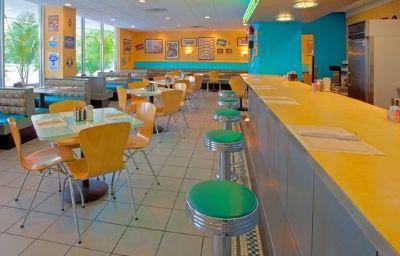 Holiday_Inn_NATIONAL_AIRPORTCRYSTAL_CITY-Arlington-Restaurant-7-138408.jpg