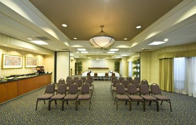 Hampton_Inn_-_Ste_Atlanta_Airport_North_I85-East_Point-Conference_room-3-138899.jpg