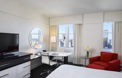 LOEWS_PHILADELPHIA_HOTEL-Philadelphia-Room-6-140037.jpg