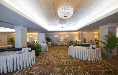 Four_Points_by_Sheraton_French_Quarter-New_Orleans-Banquet_hall-1-141429.jpg
