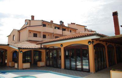 Picture Villa Letan