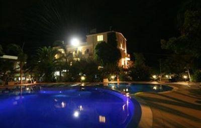 La_Bussola_Hotel_Tropea_Calabria-Tropea-Exterior_view-4-142607.jpg