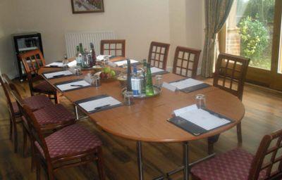 Bobsleigh-Hemel_Hempstead-Meeting_room-1-143338.jpg