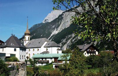 Risserhof_Gasthof-Scharnitz-Surroundings-9-144089.jpg