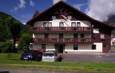 Exterior view Pension-Arnspitze Scharnitz (Tyrol)