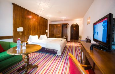 Hotel_Daniela-Zermatt-Double_room_superior-144204.jpg