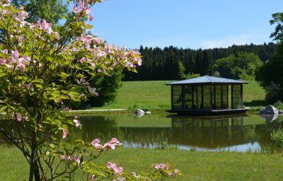 Thermenhotel_Stroebinger_Hof-Bad_Endorf-Garten-3-144752.jpg