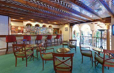 Hotel bar TRYP Sevilla Macarena Hotel