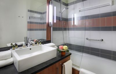 Citadines_Strasbourg_Kleber-Strasbourg-Bathroom-1-145105.jpg