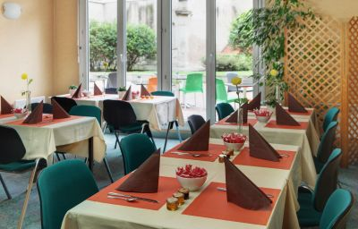 Citadines_Strasbourg_Kleber-Strasbourg-Breakfast_room-1-145105.jpg
