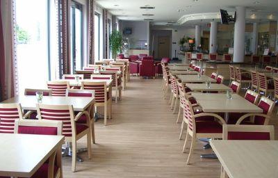 Holiday_Inn_Express_MUNICH_-_MESSE-Feldkirchen-Restaurant-63-145635.jpg
