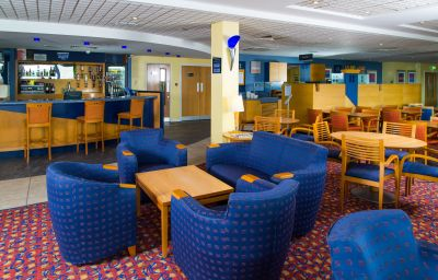 Vestíbulo del hotel Holiday Inn Express BRADFORD CITY CENTRE