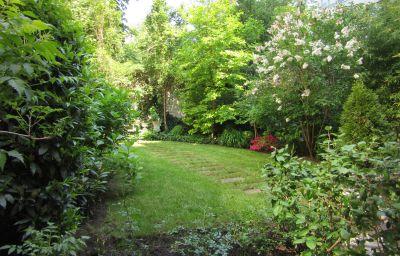 Jardin Dirazi Guesthouse