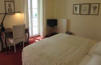 Chambre double (standard) Dirazi Guesthouse