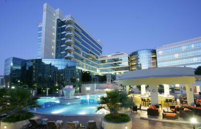 Piscine Millennium Airport Hotel Dubai
