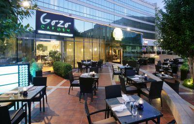 Restaurant 2 Millennium Airport Hotel Dubai