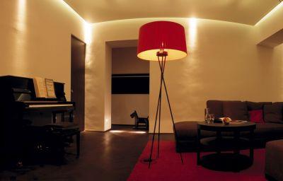 Hollmann_Beletage_Design_Boutique-Vienna-Hall-1-147074.jpg
