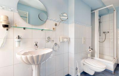 Double room (standard) Schlosshotel Ralswiek