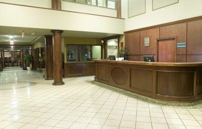 SANDMAN_HOTEL_SASKATOON-Saskatoon-Hall-147173.jpg