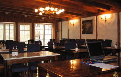 Olevi_Residents-Tallinn-Meeting_room-2-150813.jpg