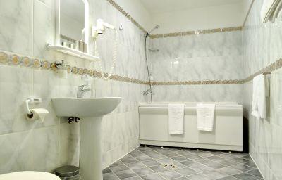 Olevi_Residents-Tallinn-Bathroom-150813.jpg