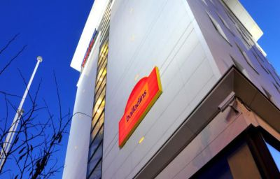 Balladins_Superior_Gennevilliers-Gennevilliers-Hotel_outdoor_area-4-151165.jpg