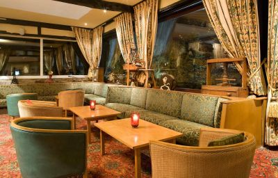 Mercure_Bolton_Last_Drop_Village_Hotel_and_Spa-Bolton-Hotel_bar-151520.jpg