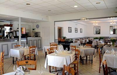 Le_Terminus_Logis-Senas-Restaurant-1-152055.jpg