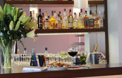 Auszeit_Hotel_Superior-Kategorie-Dusseldorf-Hotel_bar-3-152194.jpg
