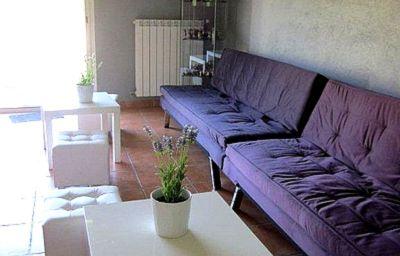 Le_Mas_de_la_Roseraie_Logis-Arles-Hall-152296.jpg