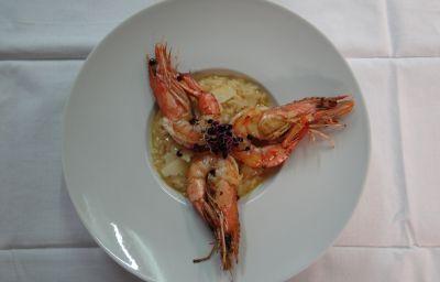 Auberge_des_Chasseurs_Hotel-Restaurant-Echenevex-Restaurant-9-152633.jpg