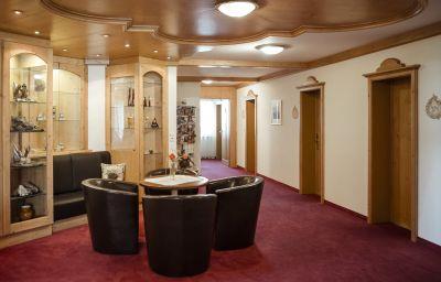 Linde_Landhotel_Gasthof-Hoechst-Hotel_indoor_area-153071.jpg