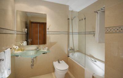 Eurostars_Zarzuela_Park-Madrid-Bathroom-2-153326.jpg